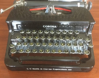L C  Smith Corona Flat Top Vintage Manual Typewriter