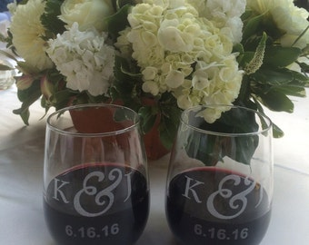 Personalized set of Stemless 20oz Wine Glasses