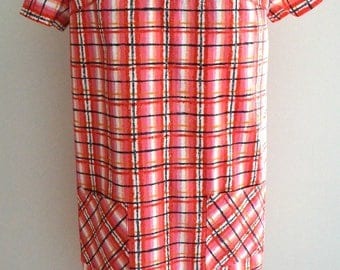 SALE Was 35 NOW 25 Vintage 60s 70s red check plaid dress M/L