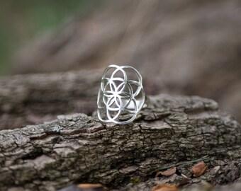 Silver Ring 92.5 Bohemian Gypsy Labradorite