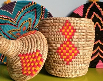 Berber handwoven - wool and wicker basket