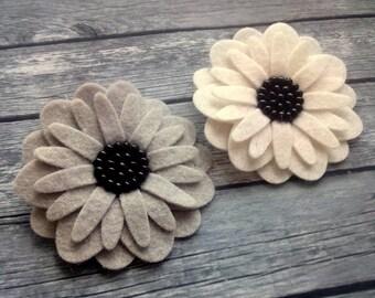 White Flower Brooch, White Black Felt Flower brooch, Sister gift, Best friend gift, Black White Brooch, Grey Flower Brooch Pin