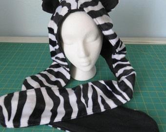 Hat with scarf - Animal Print - Zebra