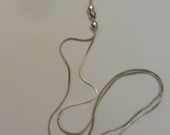 Vintage Sterling Silver LARIAT NECKLACE with silver faceted baubles on a long silver chain
