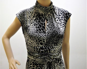 Vintage Ellen Tracy - Animal Print  Below the Knee Jersy Dress -  Size Small
