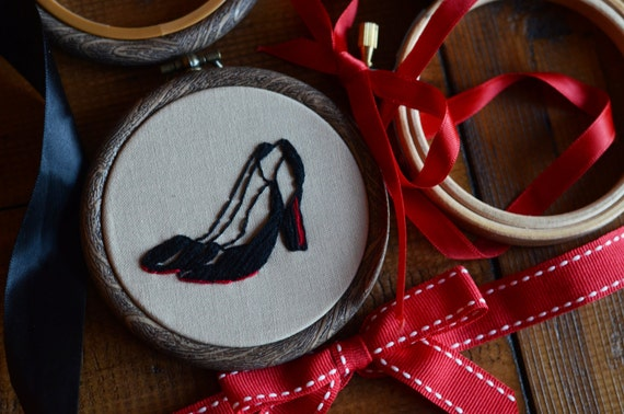 """Louboutin heeled shoe embroidery hoop art in 3"""" hoop. Home decor; embroidered art; high fashion"""