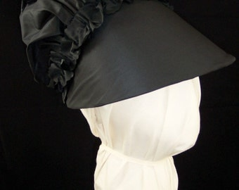 1770-1790 Reproduction Black Silk Taffeta Bonnet