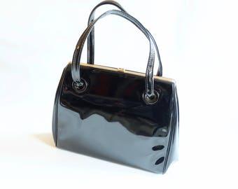 Stylish Vintage 50s 60s Kelly Bag in Ultra Shiny Black Patent Leather // Handbag Purse // Rockabilly Pin Up Swing Noir VLV