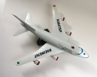Rare Vintage Pan Am Boeing 747 SP Flying Jet Plane, Battery Operated, Original Box, Collectible Toy