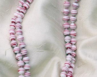 Red and White Beaded Necklace, Beaded Necklace, Red and White Necklace
