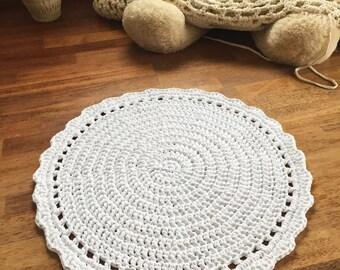 """Round crocheted rug 69cm 27.1"""" white rug, doily rug, handmade rug"""