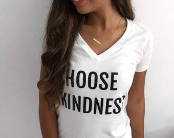 Choose Kindness V-neck