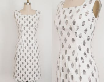 Vintage 1950's Polka Dot Dress - Squiggle Polka Dot - Sleeveless - Square Neckline  - Summer Dress - New Look - Women's Small