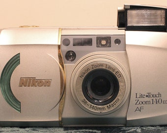 Nikon Lite Touch Zoom 140 ED 35mm Point & Shoot
