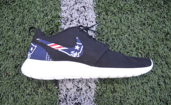 ce75bc2dfa51d ... NFL New England Patriots Nike Roshe Run One by FabricatedSoles durable  service ...