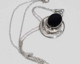 Beautiful Am Lee Sterling Filigree Necklace with Black Onyx Oval