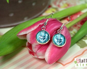 maritime earrings with anchors