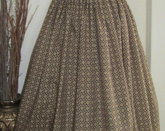 """Vintage Reproduction skirt, 1950s style ,Retro style skirt ,Vintage style skirt, Full skirt, pleated skirt, Waist-28"""", Brown printed fabric"""