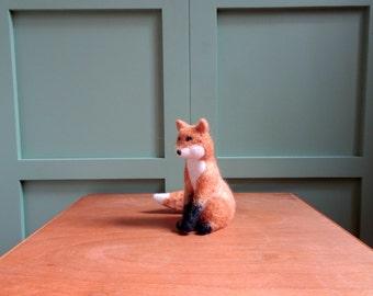 Fox felted fox needle felted vixen felting woodland animals forest fieltro feltro feutre