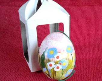 Beautiful Hand Blowin' hand painted REAL egg.