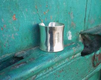 Silver Ring Tube Adjustable / Bague Tube en Argent Sterling