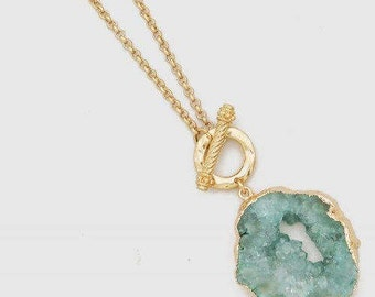Genuine Druzy Crystal Toggle Clasp Gold Tone Necklace 34""
