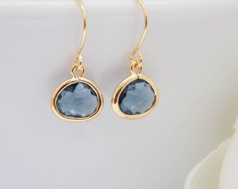 Small earrings yellow gold blue dark blue marine Navy