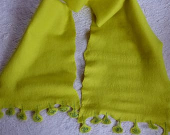 Scarf made of felt, stoles, yellow green, fringed with embroidery, handmade, directly from the artisans, 150 cm long,