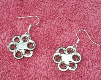 "Upcycled bicycle chain earrings ""Freya's spring flowers"""