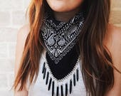 THE GYPSEA - Black Bandana with Silver Chain and black charms