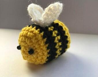 Shop Bee, fluffy amigurumi, crocheted animal