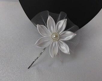 Bar to bride/hairpin flower hair white/Wedding hairclip/Fleur kanzashi/Ribbon satin
