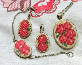 Guelder rose embroidery set, Red pendant, Guelder rose earrings, Cross stitch bracelet, Berry jewelry, Hand Embroidery, Gift for woman