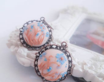 Embroidery earrings/Pastel flower earrings/Polymer Clay jewelry/Handmade jewelry/ Gift idea/Bridal eterinis/Art Deco Earrings/Spring earring