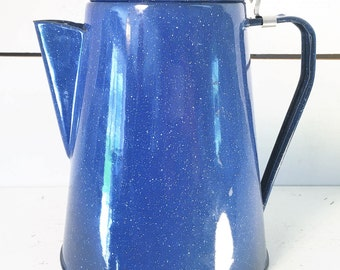 Vintage Blue Speckled Hinged Lid Enamelware Coffee Pot/Farmhouse Kitchen Blue and White Speckled Enamelware Coffee/Tea/or Steamer Pot