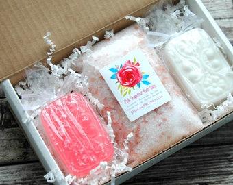 Grapefruit Soap Gift Set . Best Friend Christmas Gift . Spa Gift Box . Christmas Gift for Mom . Bridesmaid Box . Best Friend Birthday Gift