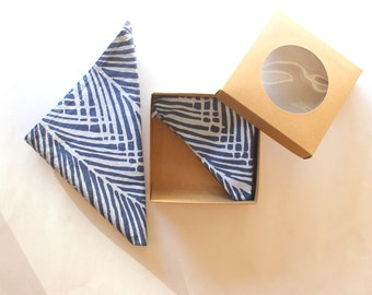 Navy Blue and White Reusable Cloth Napkins - Hand Dyed and Hand Printed Palm Leaf Napkins - Nature Napkins