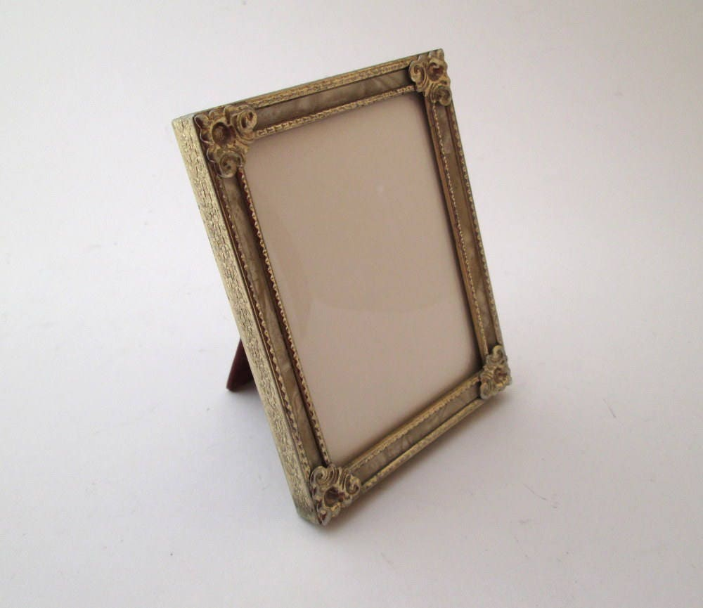 Vintage bubble glass small picture frame 4x3 frame gold metal 640 shipping jeuxipadfo Image collections