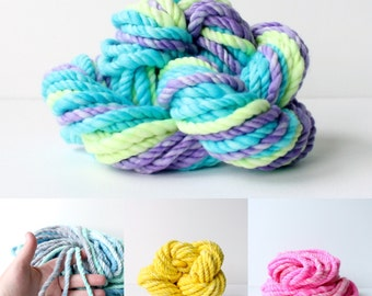 big thick yarn, handspun art yarn, soft wool, merino home spun, hand dyed, bulky yarn, knitting