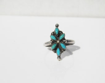 Vintage Native American Flower Petit Point Turquoise Ring - Size  4.75      1223