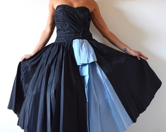 SUMMER SALE/ 30% off Vintage 50s Inky Black and Blue Taffeta Strapless New Look Circle Skirt Prom Dress (size xxs, xs)