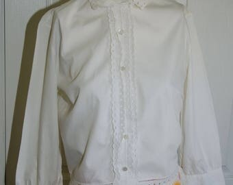 Vintage 1950's White Good Girl Blouse with Eyelet Trim