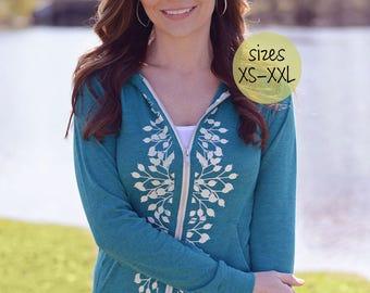 zip up hoodie, trendy plus size clothing, zip up hoodies, lightweight hoodie, yoga hoodie, plus size clothing, graphic hoodie, ellembee