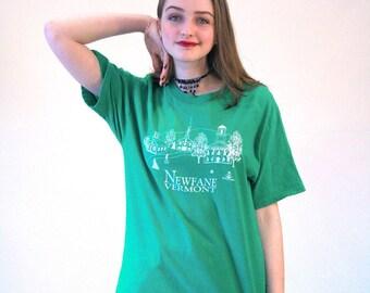 Vermont Village T-shirt, Newfane Vermont T-shirt, New England T-shirt, Scenic Village T-shirt, Country Village T-shirt, Country T-shirt, M