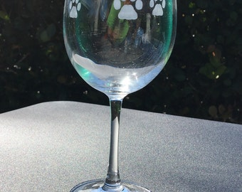 Paw print wine glasses set of 2