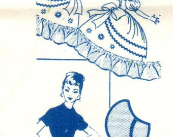 Mail Order 7462 UNCUT Vintage Sewing Pattern Embroidery Transfer Misses Apron, Embroidered Apron, Colonial Miss Apron One Size
