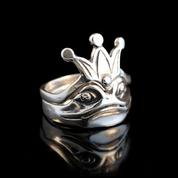 Frog Ring Silver Enchanted Frog and Crown Ring Two Parts Frog Prince Frog Jewelry Silver Frog Crown Ring Crown Jewelry Silver Crown