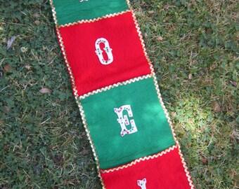 "Vintage ""Noel"" Felt & Sequins Handmade Hand Sewn Christmas Card  Holder Wall Hanging W/ Gold Rick Rack Trim"