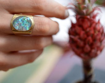 Opal ring, statement ring, cocktail ring, resin ring, brass, gold, adjustable // AURORA RING