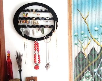 Earring rack,  jewelry storage, Organizer, earring  holder, Necklace holder, display holds about 70 earring pairs, 7 PEGS  Wall mounted OVAL
